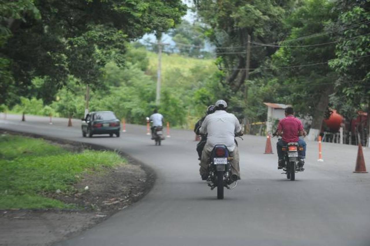La carretera hacia Escuintla, Guatemala, es una de las más peligrosas por los constantes hechos delictivos que se cometen en la misma, según fuentes de la Policía. En octubre pasado asesinaron a un policía salvadoreño que iba a una vigilia. Foto EDH