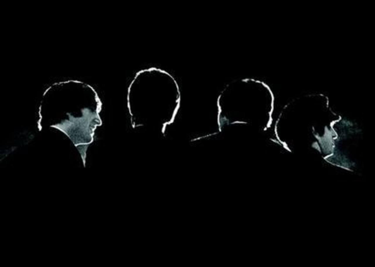 Fotografía de los Beatles durante una conferencia antes de su primer concierto en el Coliseo de Washington en 1964 . FOTO AP