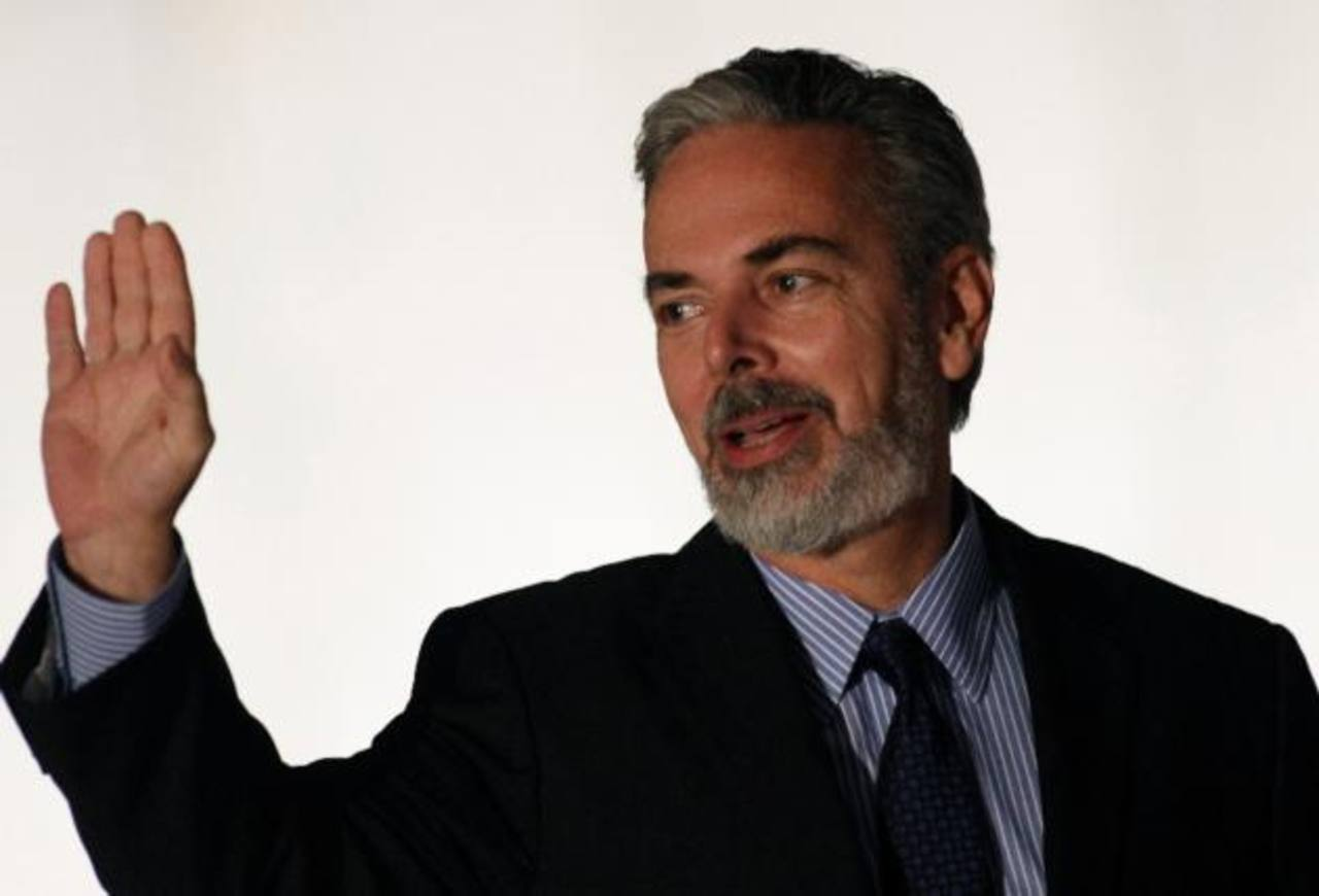 Renuncia ministro de Relaciones Exteriores de Brasil