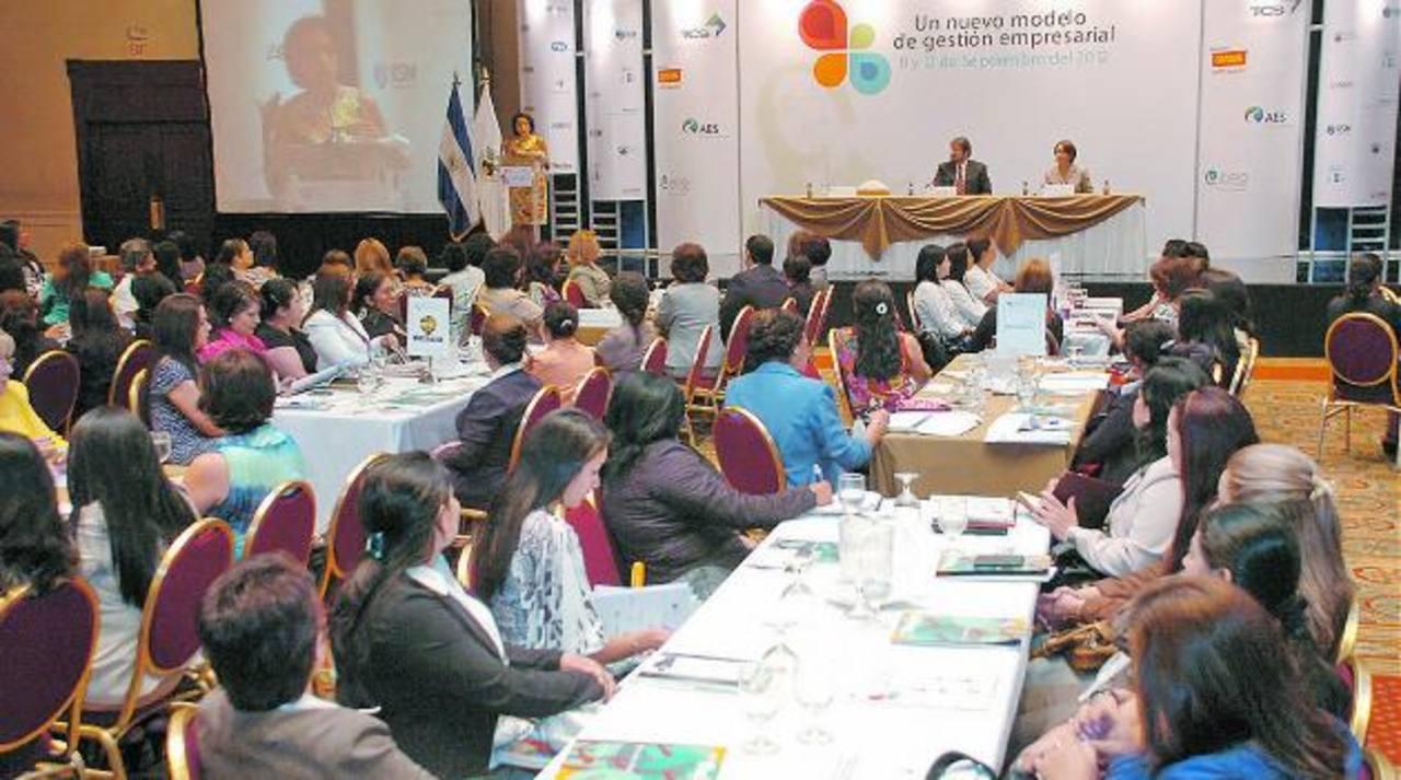 En la última edición del encuentro se discutió sobre nuevos modelos de gestión empresarial. foto edh /archivo