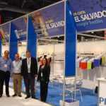 Participantes salvadoreños en feria textil en Las Vegas, Nevada. Foto edh/ cortesía