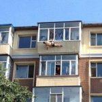 Fotos: Intenta suicidarse y termina colgado del calzoncillo