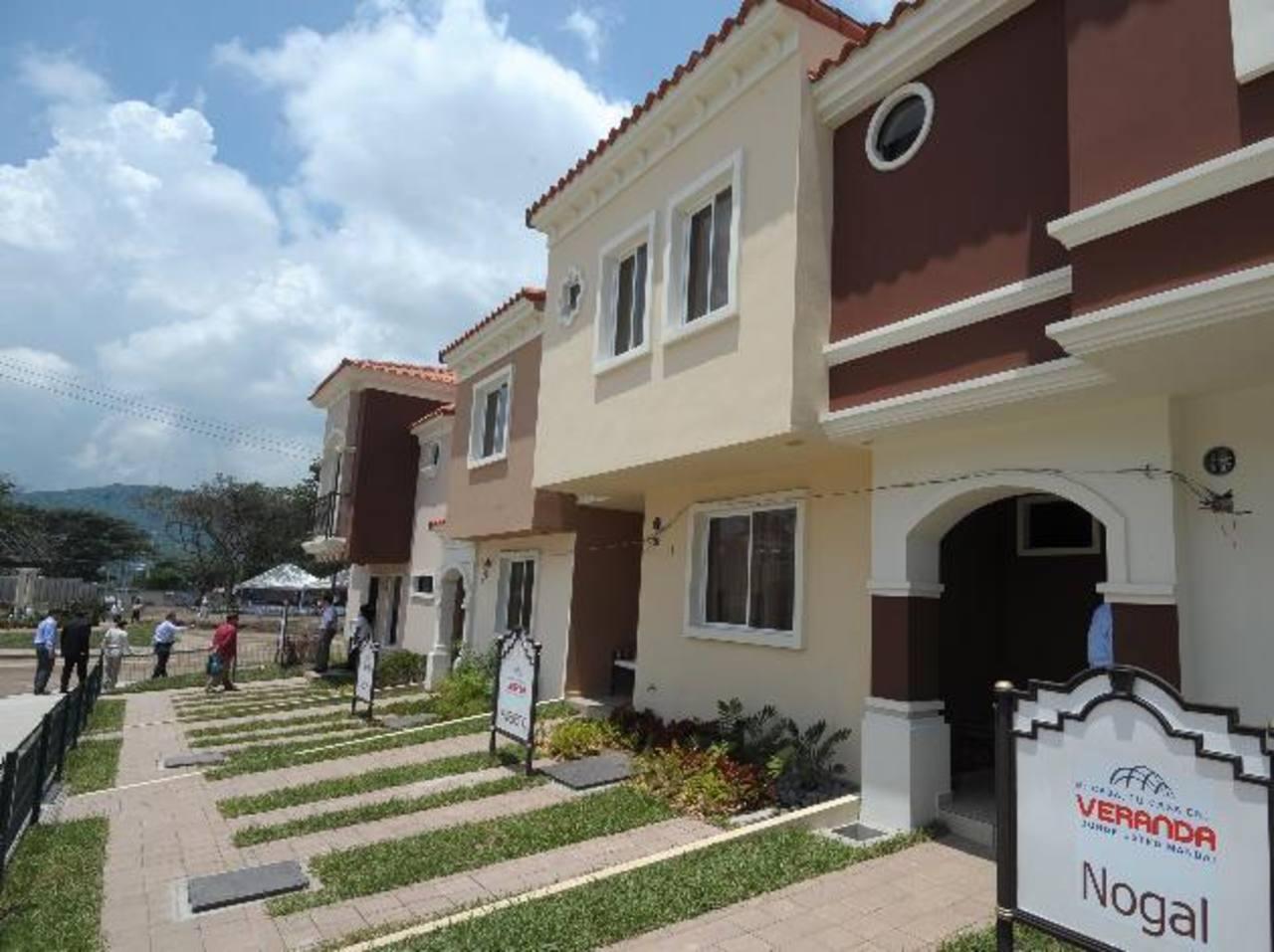 La venta de viviendas de clase media aumentó. Foto EDH