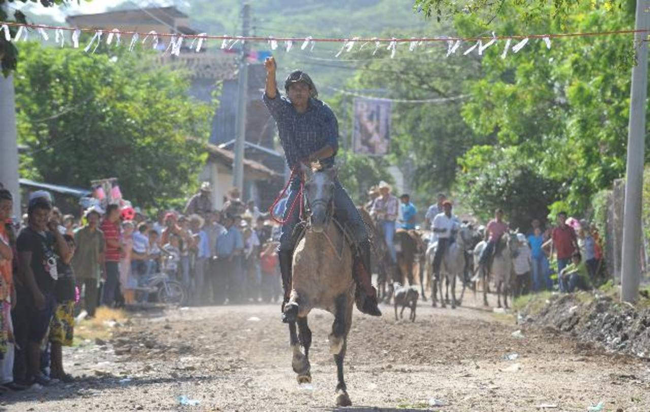 En Anamorós las fiestas concluirán el 17 de agosto. Foto EDH / archivo