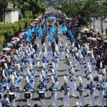 Más de 2 mil estudiantes de 22 centros educativos participarán en la capital en el desfile del 15 de septiembre. En todo el país también habrá diversas actividades. Foto EDH / archivo