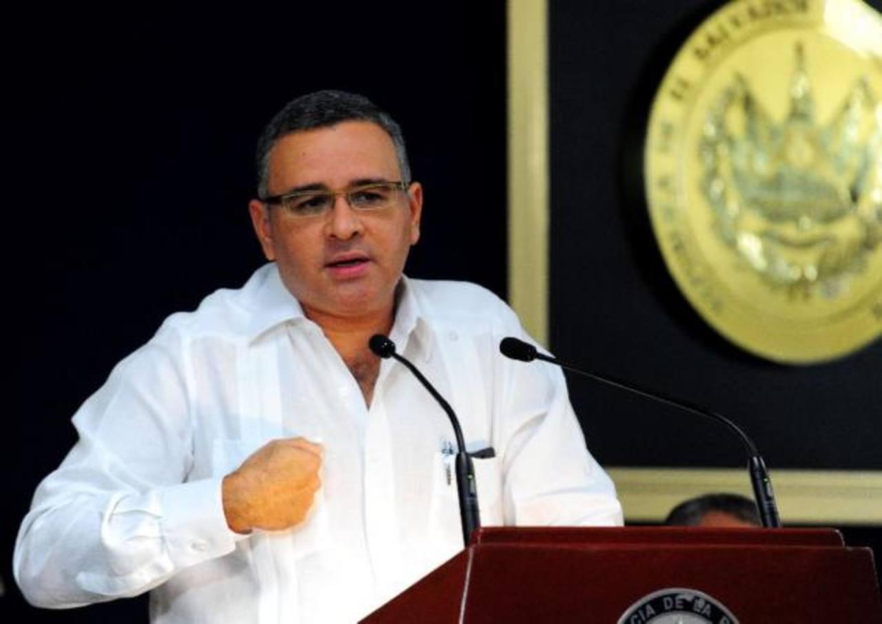 Presidente Funes pide se investigue a dirigentes en caso amaños