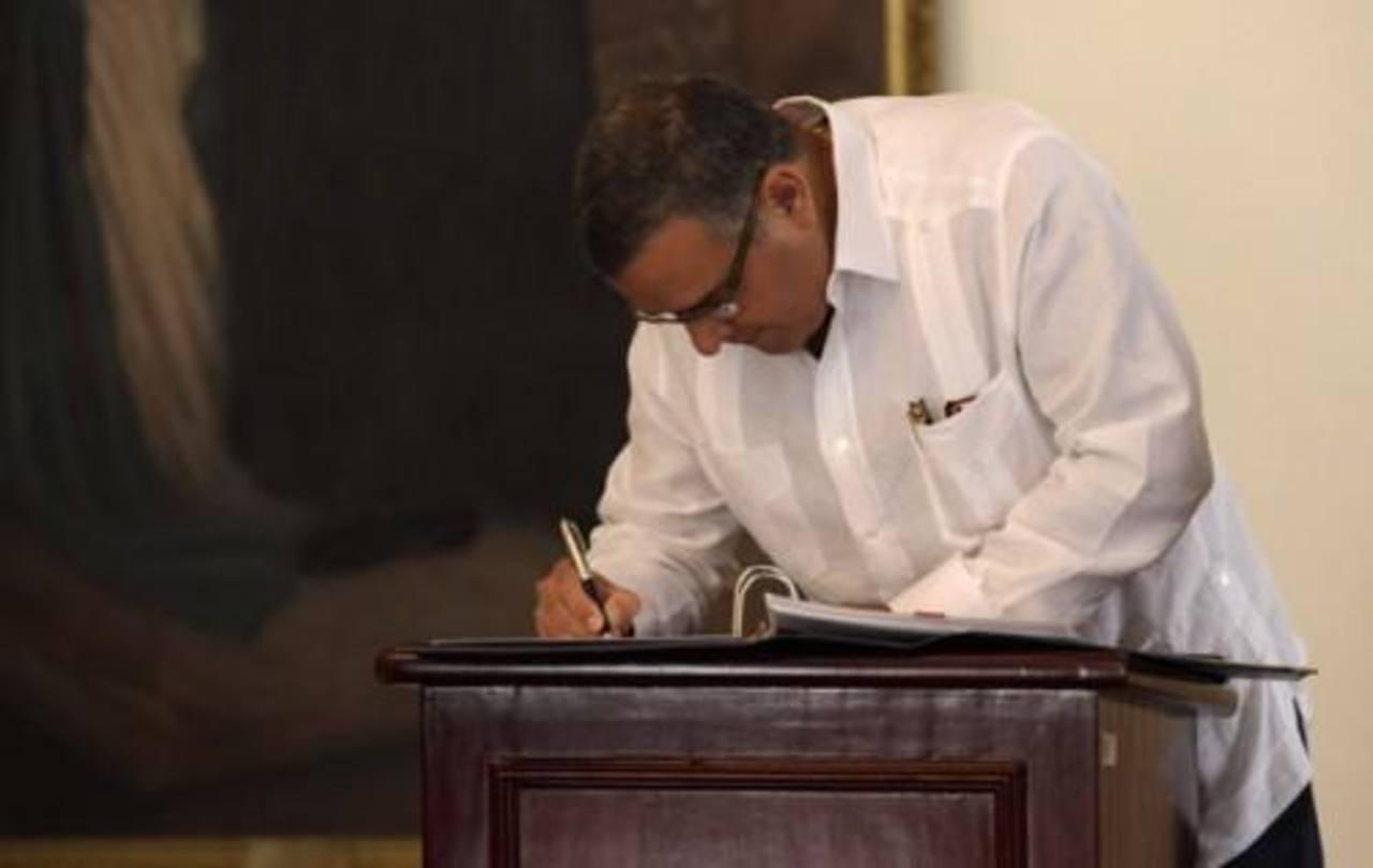 Presidente observa Ley especial del ejercicio del derecho de rectificación o respuesta