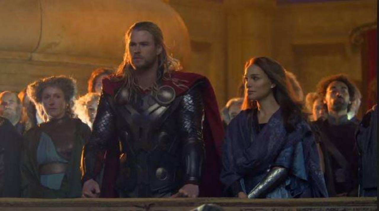 """Marvel presenta nuevo tráiler de Thor """"El Mundo Oscuro"""""""