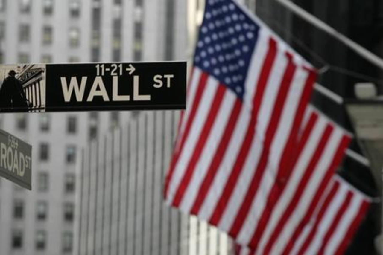 Inminente cierre de gobierno golpea bolsa de NY
