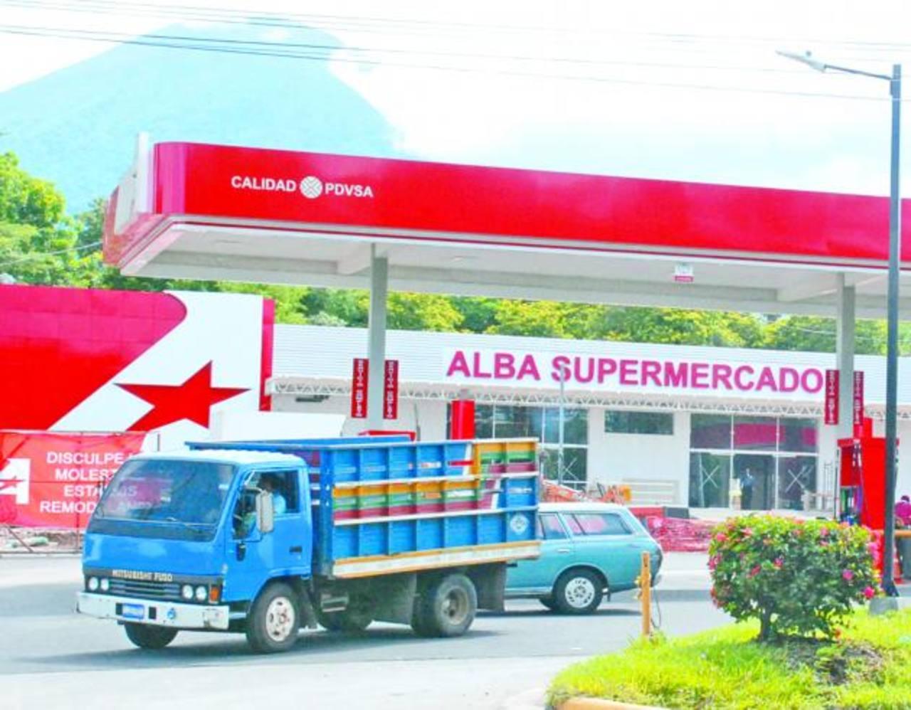 Alba Alimentos anunció que planea expandir su red de supermercados para el 2014. Los resultados del estudio de la SC se entregarán para el primer trimestre de 2014.