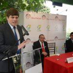 Benedikt Hoffman, gerente general de ProCredit, en el lanzamiento de los EcoCréditos, una línea de 25 milllones de dólares.