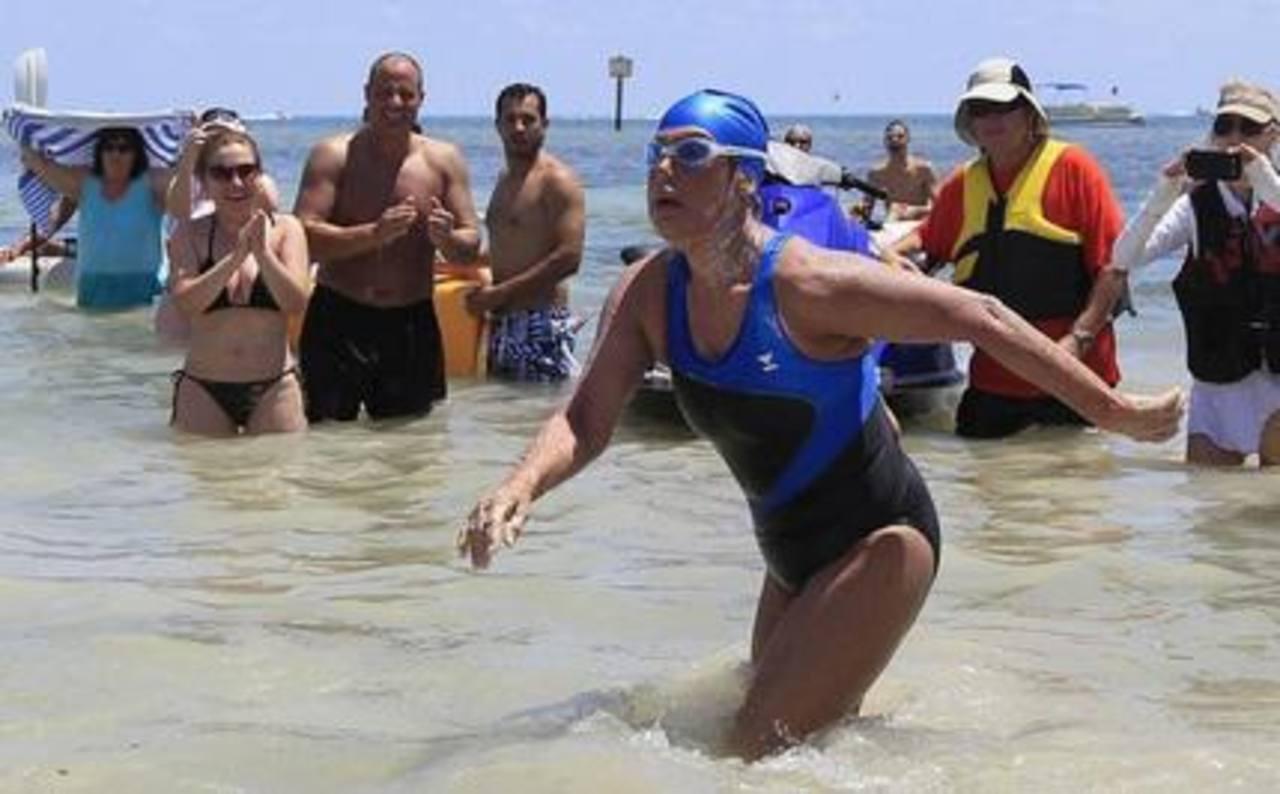 Diana Nyad logra nadar de Cuba a Florida