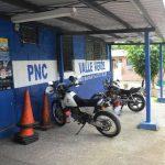 La Policía de Valle Verde en Apopa confirmó el ataque por pandilleros con fusiles M-16 y armas cortas. Foto EDH / Miguel Villalta