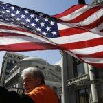 Senado de California limita detención de inmigrantes
