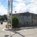 En Cojutepeque se pueden observar paredes recién manchadas con nombres de las pandillas.