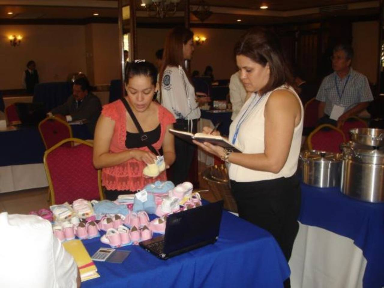 Los salvadoreños buscan vender más productos en Honduras. foto edh/cortesía
