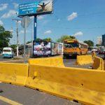 Las autoridades harán demoliciones en El Triángulo y pondrán separadores permanentes en la zona. Foto edh/Archivo.