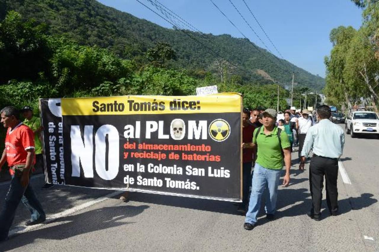 La falsa noticia hizo que los habitantes del municipio salieran a las calles a protestar. foto edh / miguel villaLta