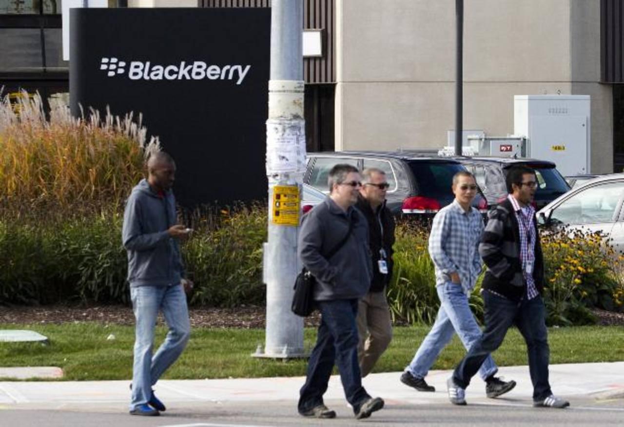 BlackBerry ha venido en caída, sobre todo por la competencia de iOS y Android. Foto EDH/reuters
