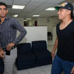 Miguel Granadino (izquierda) y Gerson Mayén, en la Fesfut. Foto EDH / Mauricio Cáceres