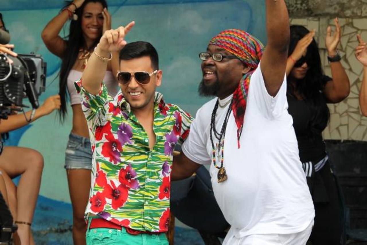 """El cantante Tito """"El Bambino"""" durante la grabación del videoclip de su sencillo """"El Carnaval"""". Foto Edh / CORTESÍA"""