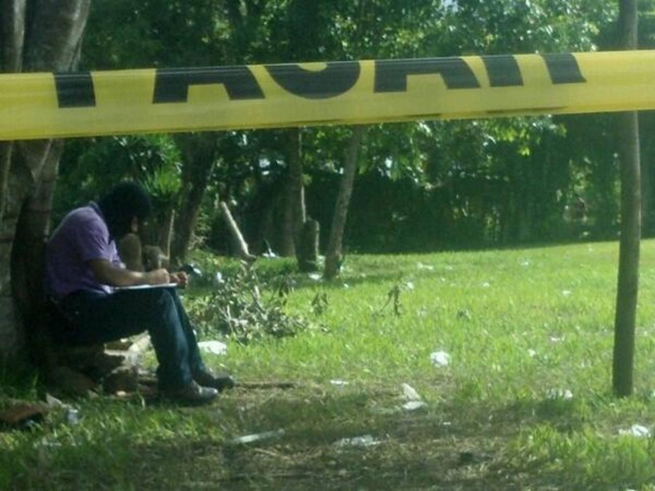 Las autoridades indagaban en el ataque que dejó cuatro muertos y un herido. Foto vía Twitter Miguel Villalta