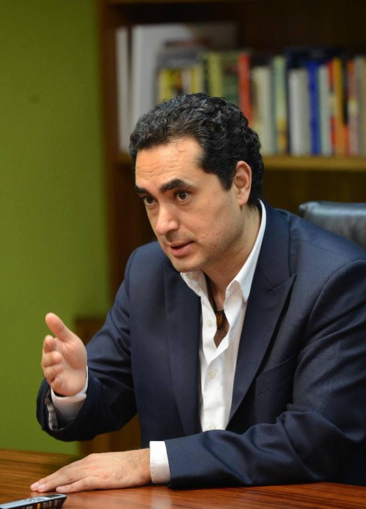 """El jefe de campaña de Unidad dijo que también están buscando construir un """"gran acuerdo nacional"""" con varios sectores. foto edh / Marlon Hernández"""