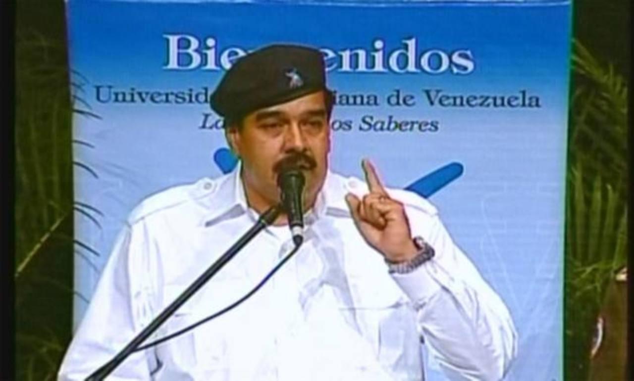 El gobierno de Nicolás Maduro trata de armar un entorno de atentados para justificar la Ley Habilitante, dice expertos.