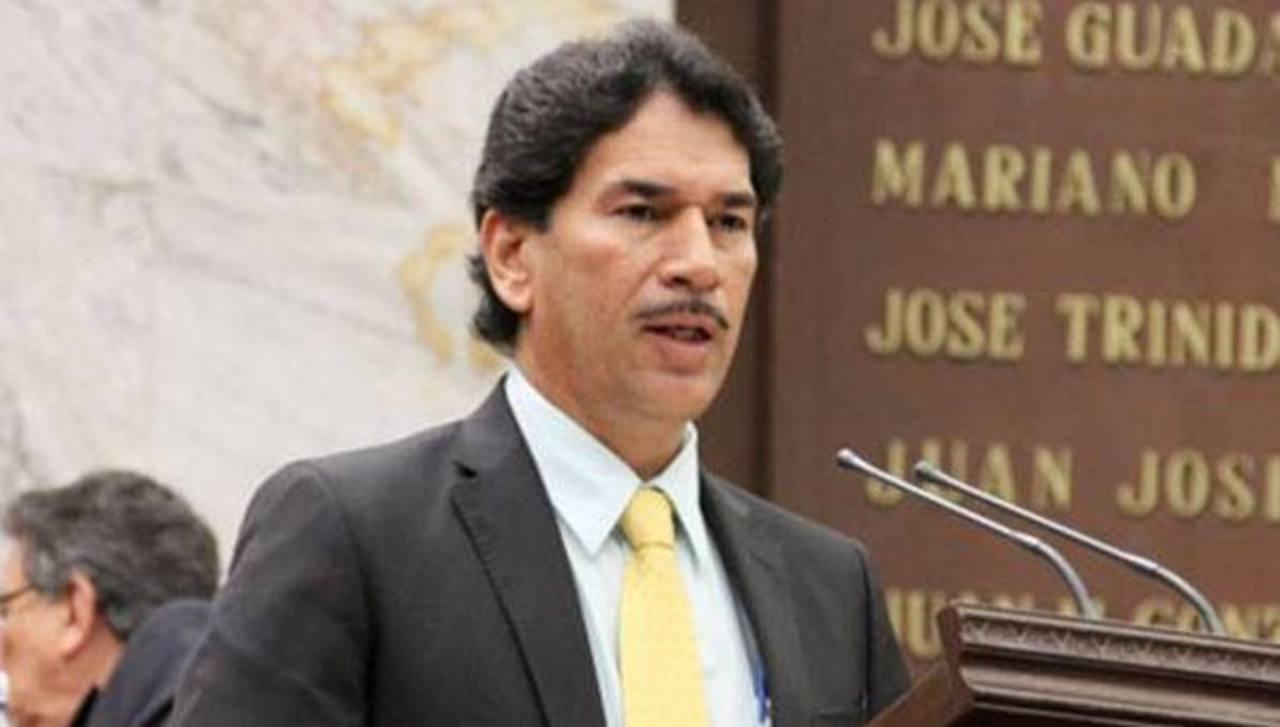 Diputado Osbaldo Esquivel, quien fue asesinado en Michoacán.
