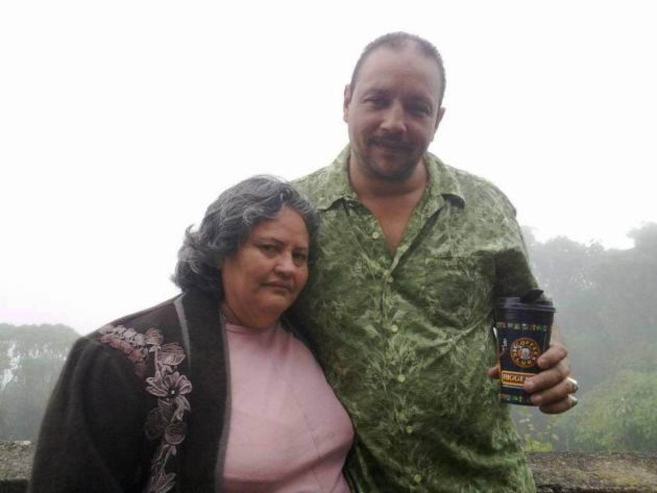 María Rubidia Castillo y Ángel David García Oquendo, en una foto tomada de la cuenta de Facebook del sujeto.