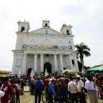 Los touroperadores conocerán ciudades como Suchitoto y La Libertad. Foto EDH