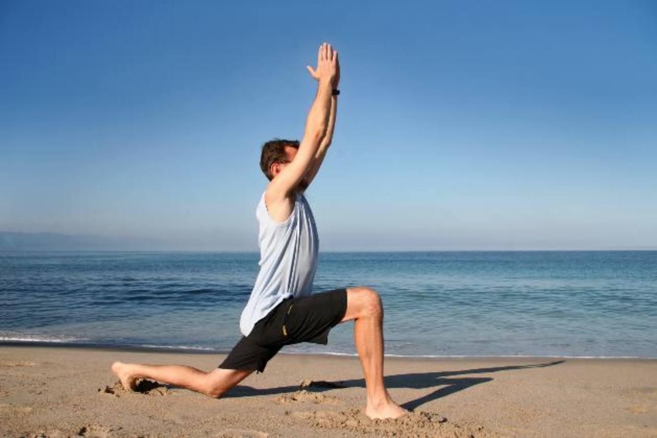 Los ejercicios de equilibrio reducen en un 45 por ciento el riesgo de padecer lesiones.