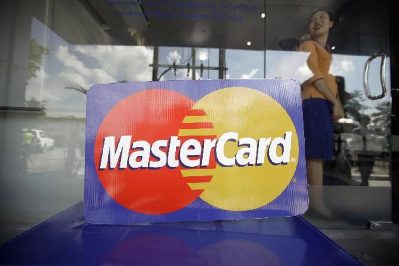 MasterCard y su rival mayor Visa Inc han estado tratando de capturar nuevos negocios en mercados emergentes, donde los pagos en efectivo todavía predominan pero el uso de tarjetas está creciendo a ritmo acelerado.