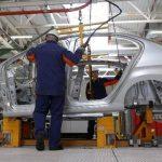 Los inventarios mayoristas fueron impulsados por las mayores existencias de equipamiento profesional y automóviles.