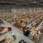 Los empleados alemanes de Amazon amenazan con una huelga antes de Navidad