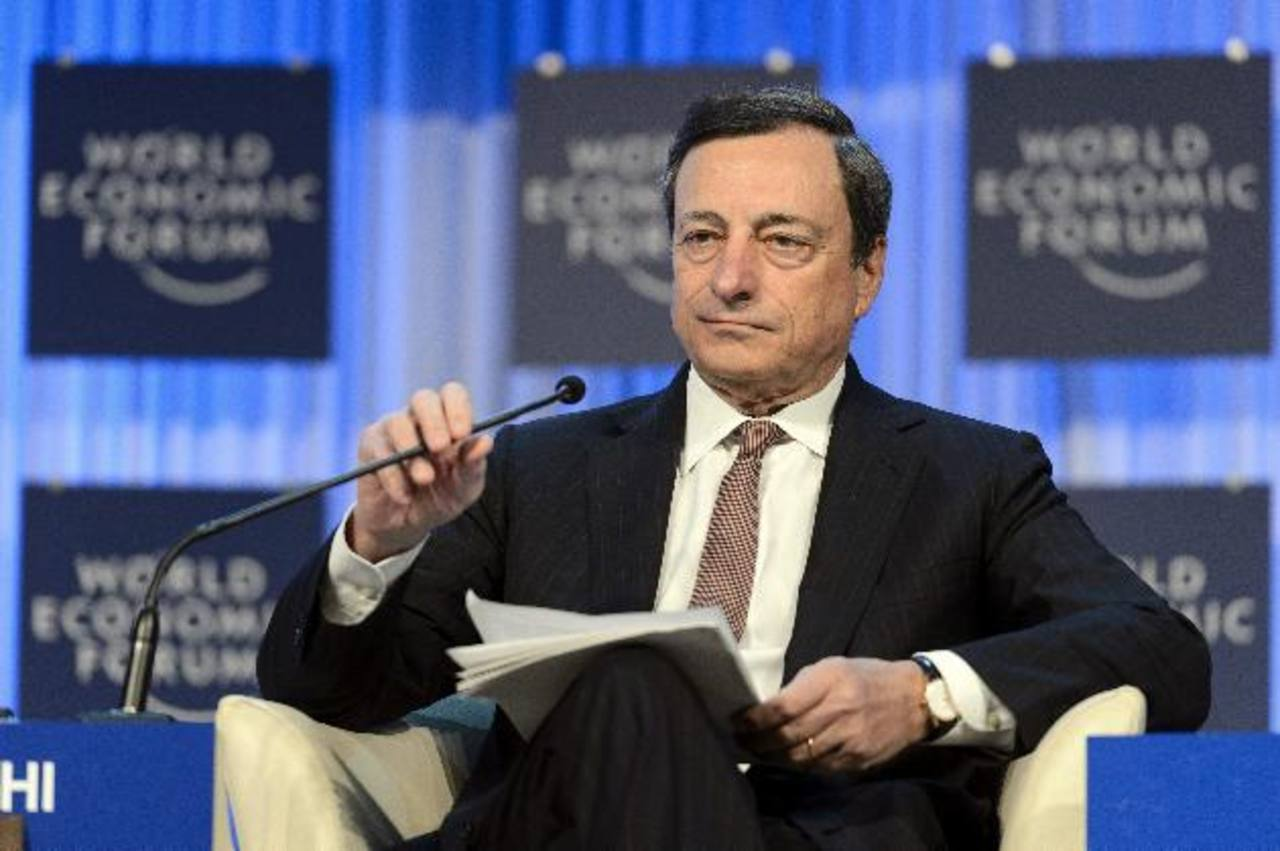 Mario Draghi, presidente del BCE, dijo que seguirán atentos a todos los sucesos que influyan en una transmisión adecuada de la política monetaria de la zona euro.