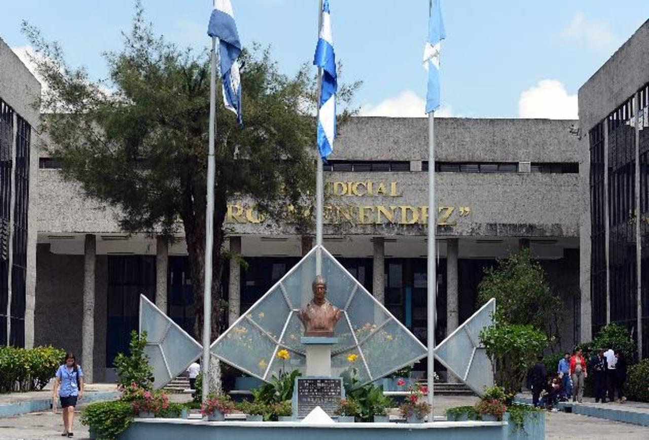El Juzgado 8o. de Paz procesó al imputado. FOTO EDH Archivo.