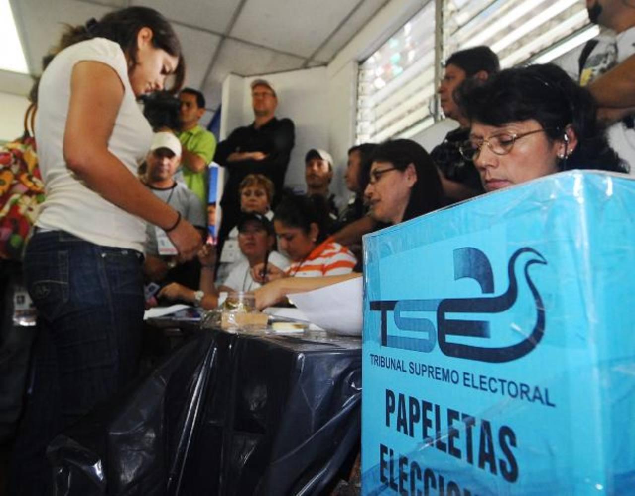 El 2 de febrero próximo los salvadoreños elegirán los gobernantes para el quinquenio 2014-2019. foto edh / archivo