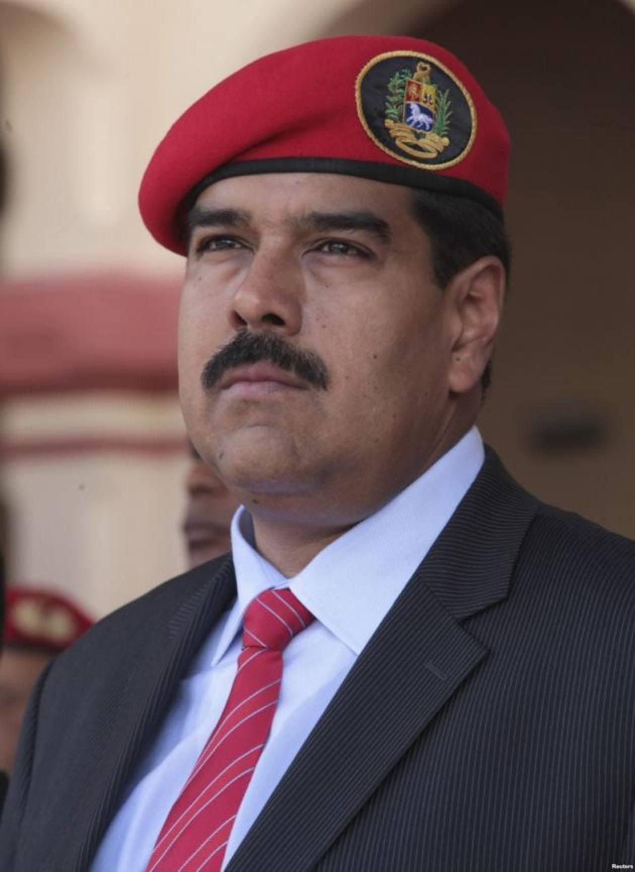 El presidente venezolano explicó que los comandos estarán formados por militares y civiles. Foto EDH /archivo