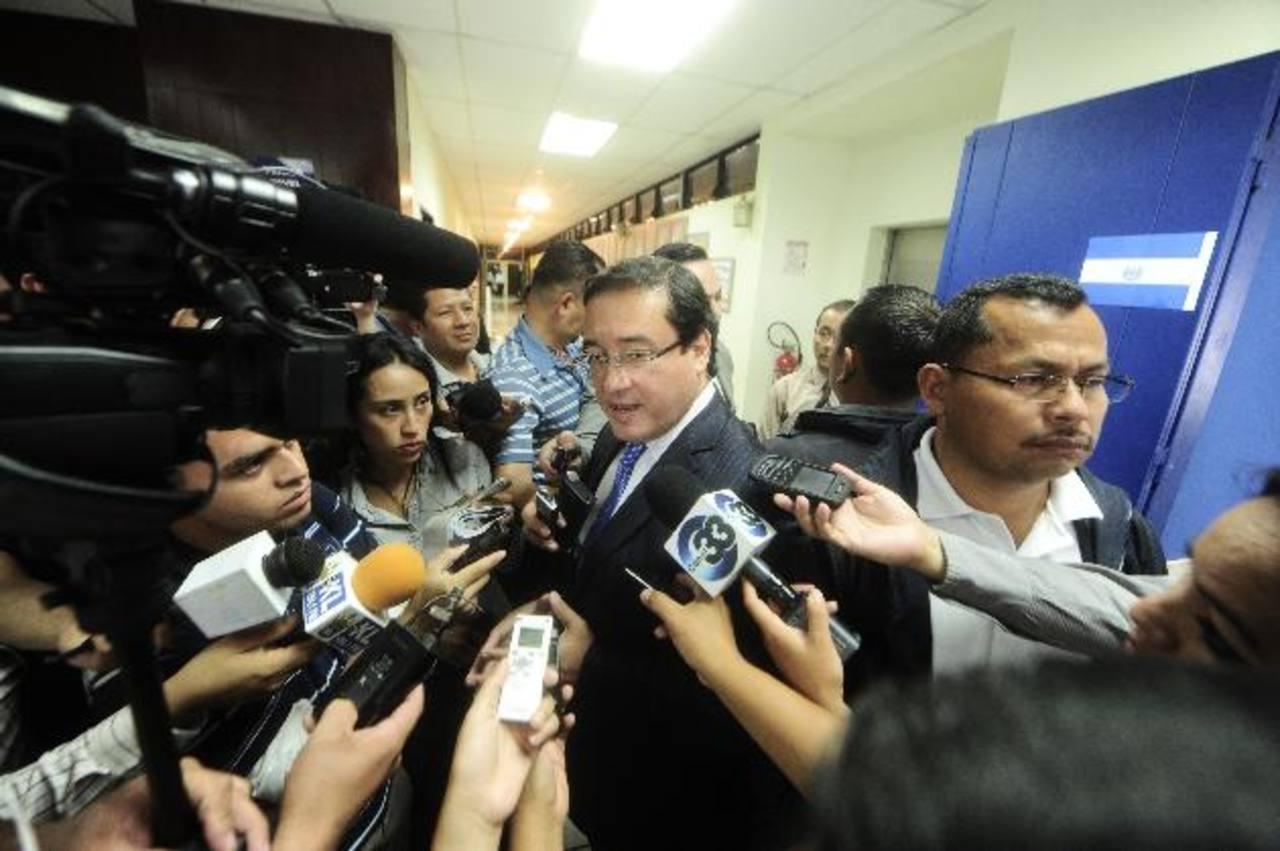 Fiscal: Han desinformado a Funes en caso supuesto lavado