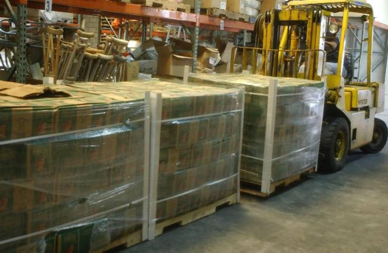 La empresa es reconocida por distribuir muchos productos líderes en el país. Foto EDH/archivo