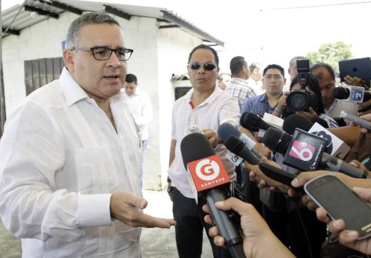Funes dice que Moreno miente sobre beneficios a presidiarios