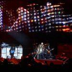 """El cantante de Aerosmith, Steve Tyler, durante su presentación en la temporada final de """"American Idol"""" en Los Ángeles. FOTOS EDH / archivo"""