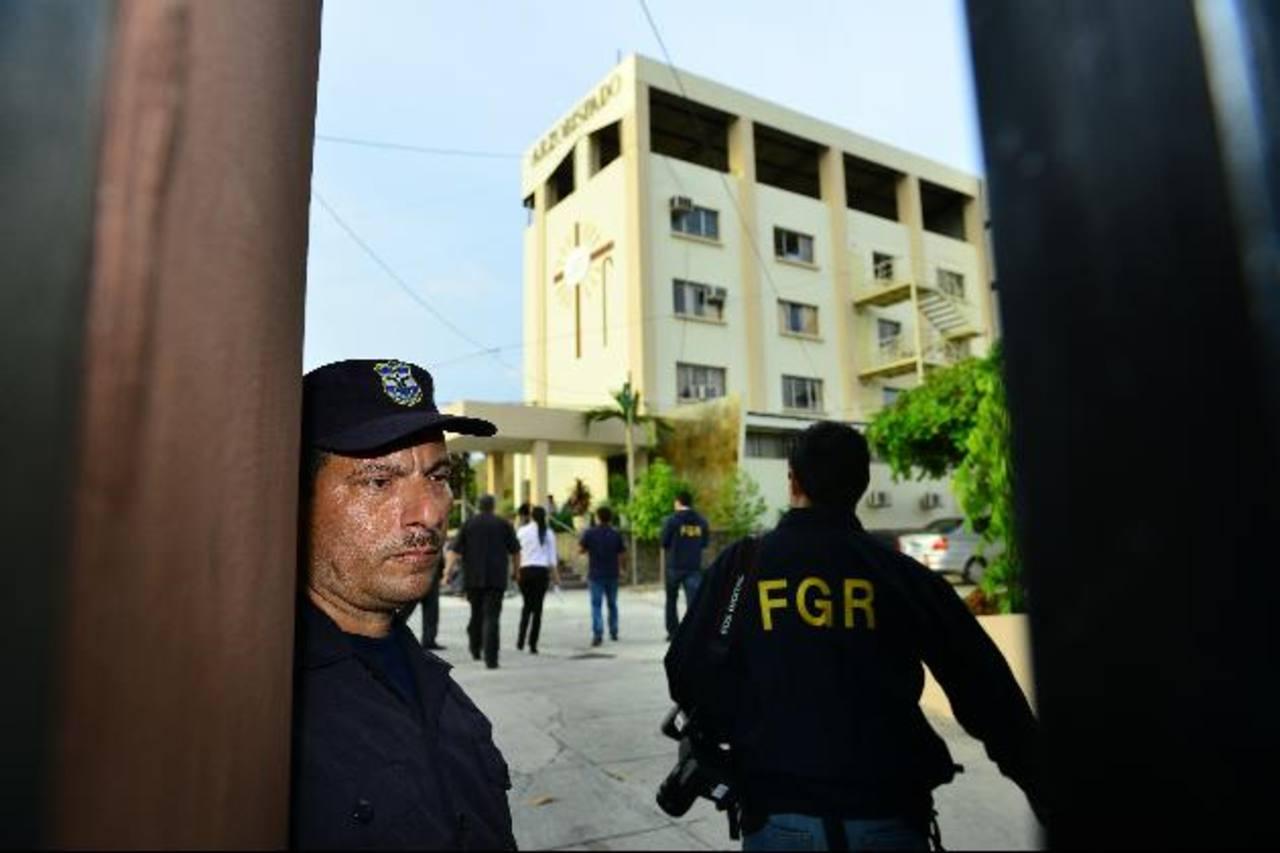 La FGR negó el ingreso al Arzobispado a los personeros de la Procuraduría el viernes pasado. Foto EDH / Archivo