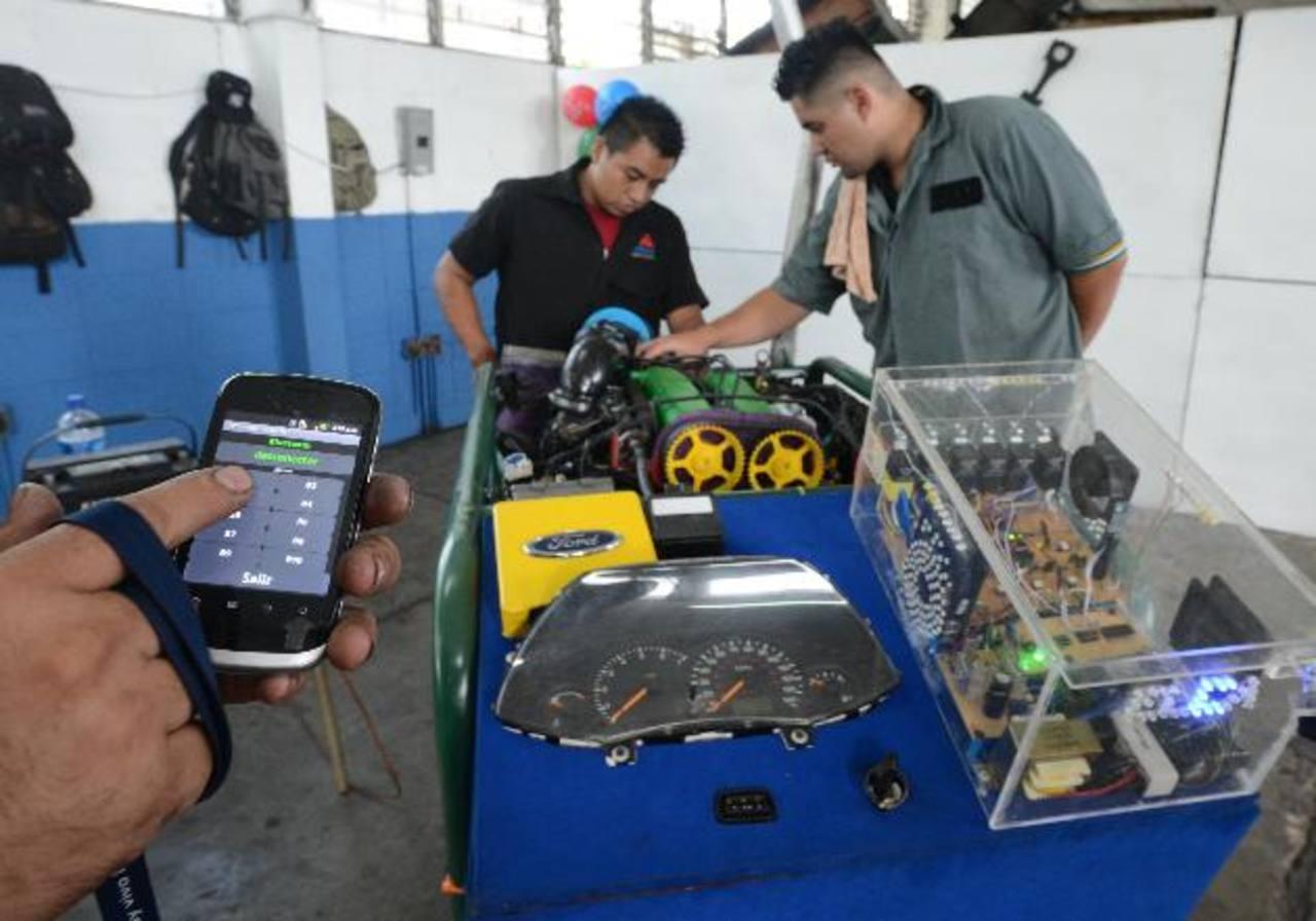 Durante la ExpoAcadémica los jóvenes de mecánica general presentaron este modelo. Fotos edh/douglas Urquilla