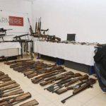 Cada 75 segundos una persona es asesinada en el mundo con un arma de fuego ilegal, según Interpol. Foto/ Reuters