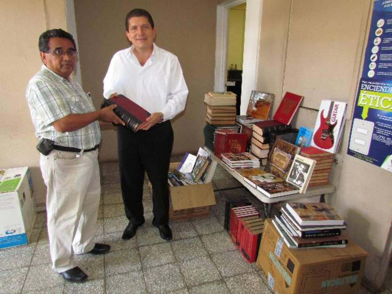 Casa de la cultura de sensuntepeque recibe donaci n - Casa de cultura ignacio aldecoa ...