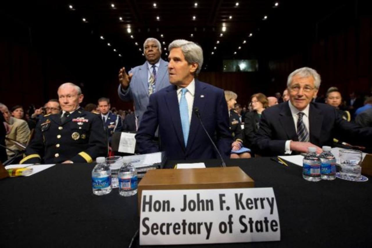 En su viaje a Italia y Francia, el secretario de Estado estadounidense, John Kerry, afrontó la indignación por la magnitud y el alcance del espionaje de Estados Unidos. FOTO AP