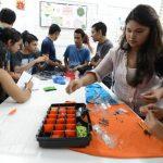 Los alumnos del Instituto Nacional Alberto Masferrer expusieron proyectos de la actividad académica y de los talleres vocacionales. Fotos EDH / Mauricio Cáceres