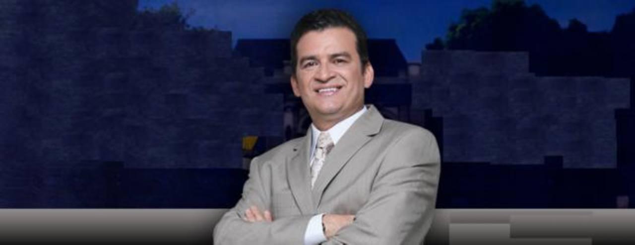 """Romeo Lemus, presentador de """"Destino 5500"""". foto edh/"""